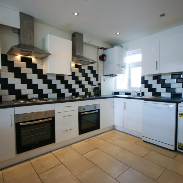 25 Selly Hill Road-03-min