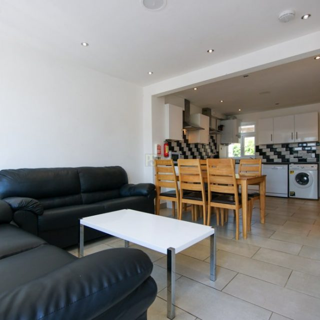 25 Selly Hill Road-01-min