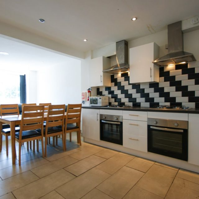 25 Selly Hill Road-02-min